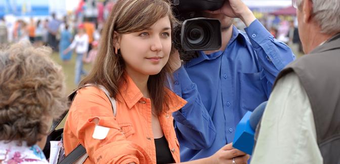 La fédération internationale des journalistes se joint à une coalition contre la violence sexiste au travail